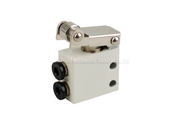 چین Two Position Three Way Mechanical Control Valve For Pneumatic Automation System کارخانه